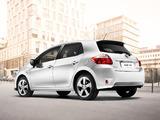 Toyota Auris HSD 2010–12 wallpapers