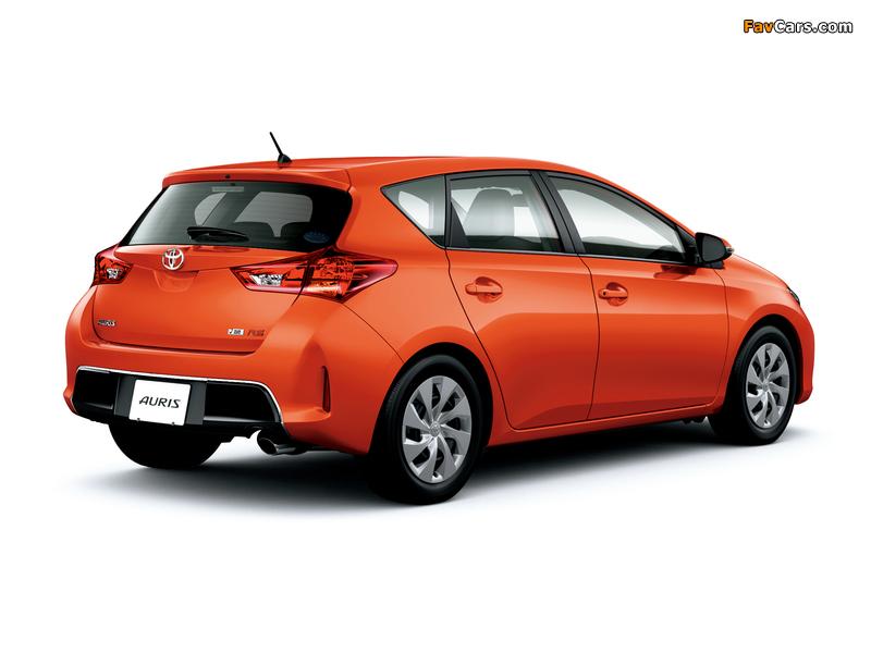 Toyota Auris RS JP-spec 2012 wallpapers (800 x 600)