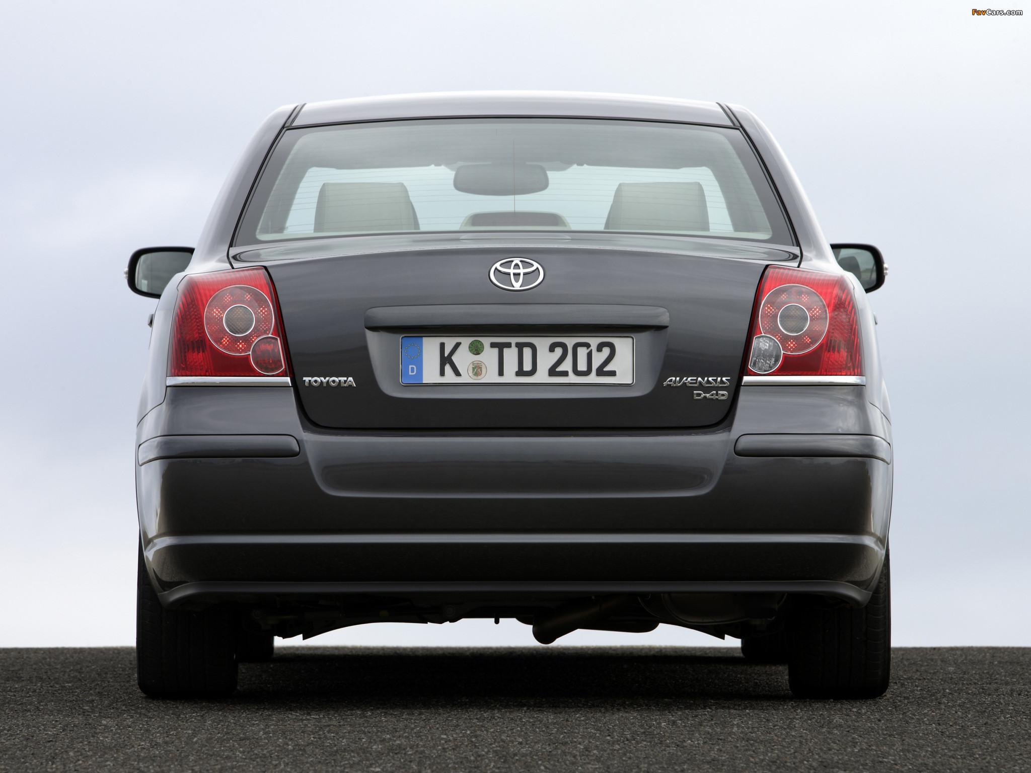 Toyota avensis 2007 1 8 MT