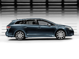 Toyota Avensis Wagon 2008–11 images