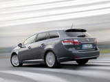 Toyota Avensis Wagon 2008–11 pictures