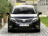 Toyota Avensis Wagon 2011 images