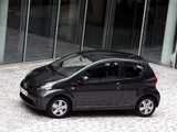 Toyota Aygo 3-door 2005–08 pictures