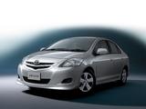 Toyota Belta 2005–08 pictures