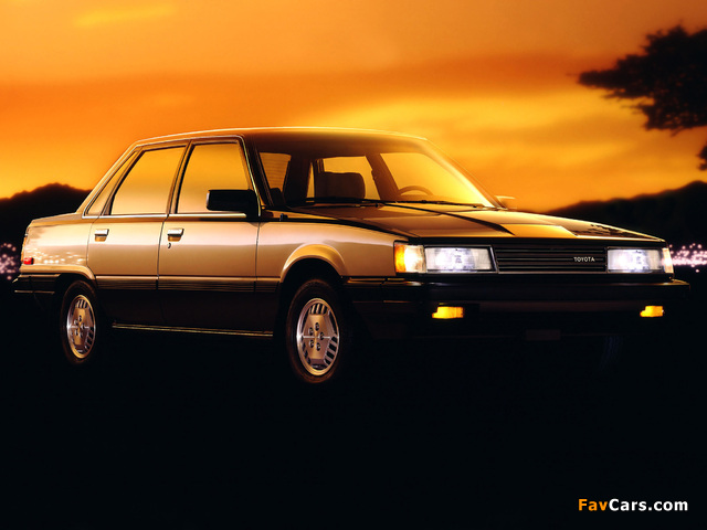 Images of Toyota Camry LE US-spec (V10) 1984–86 (640 x 480)