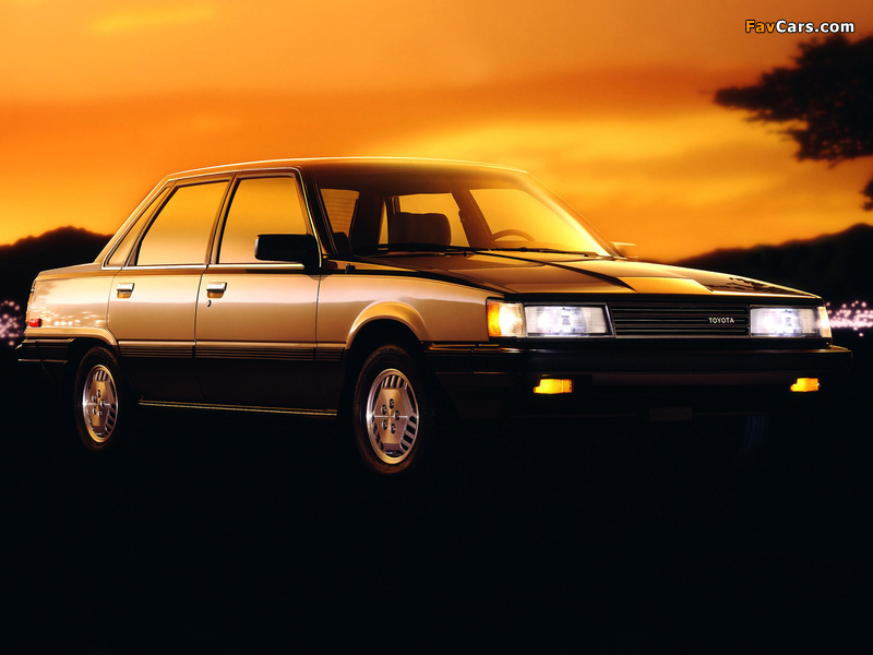 Images of Toyota Camry LE US-spec (V10) 1984–86 (800 x 600)
