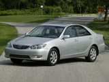Images of Toyota Camry XLE US-spec (ACV30) 2004–06