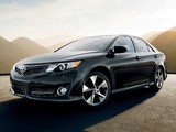 Images of Toyota Camry SE 2011