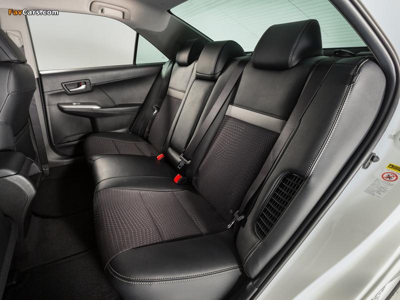 Images of Toyota Camry Hybrid SE 2014 (800 x 600)