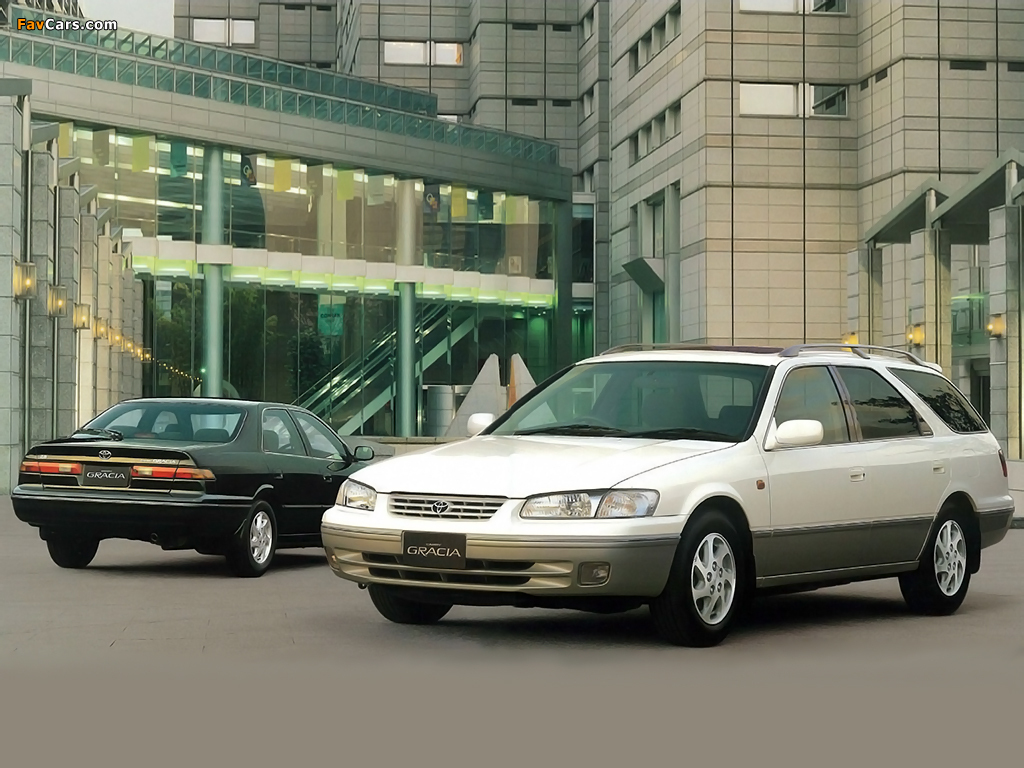 Images of Toyota Camry (1024 x 768)