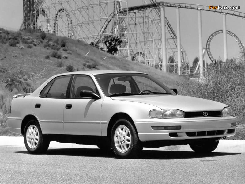 Photos of Toyota Camry US-spec (XV10) 1991–96 (800 x 600)