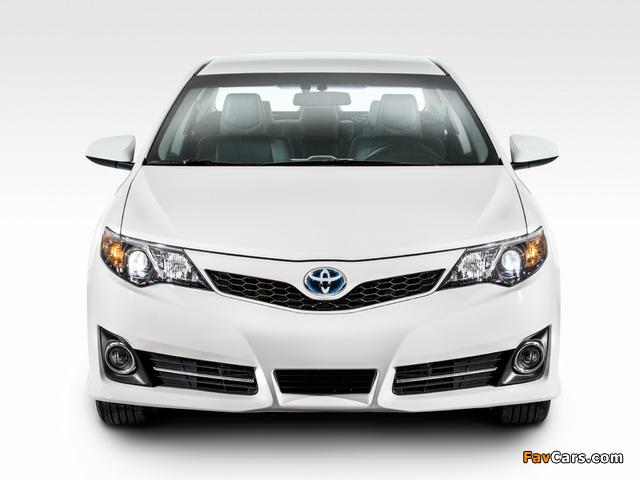 Photos of Toyota Camry Hybrid SE 2014 (640 x 480)