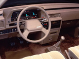 Pictures of Toyota Camry LE US-spec (V10) 1984–86