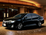 Pictures of Toyota Camry G Package Premium Black 2013