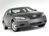 Toyota Camry LE 2006–09 pictures
