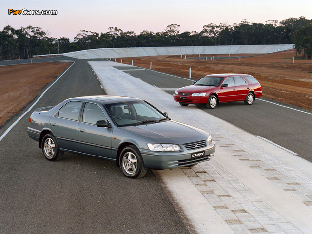 Toyota Camry wallpapers (640 x 480)