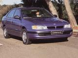 Toyota Carina E 1996–97 pictures