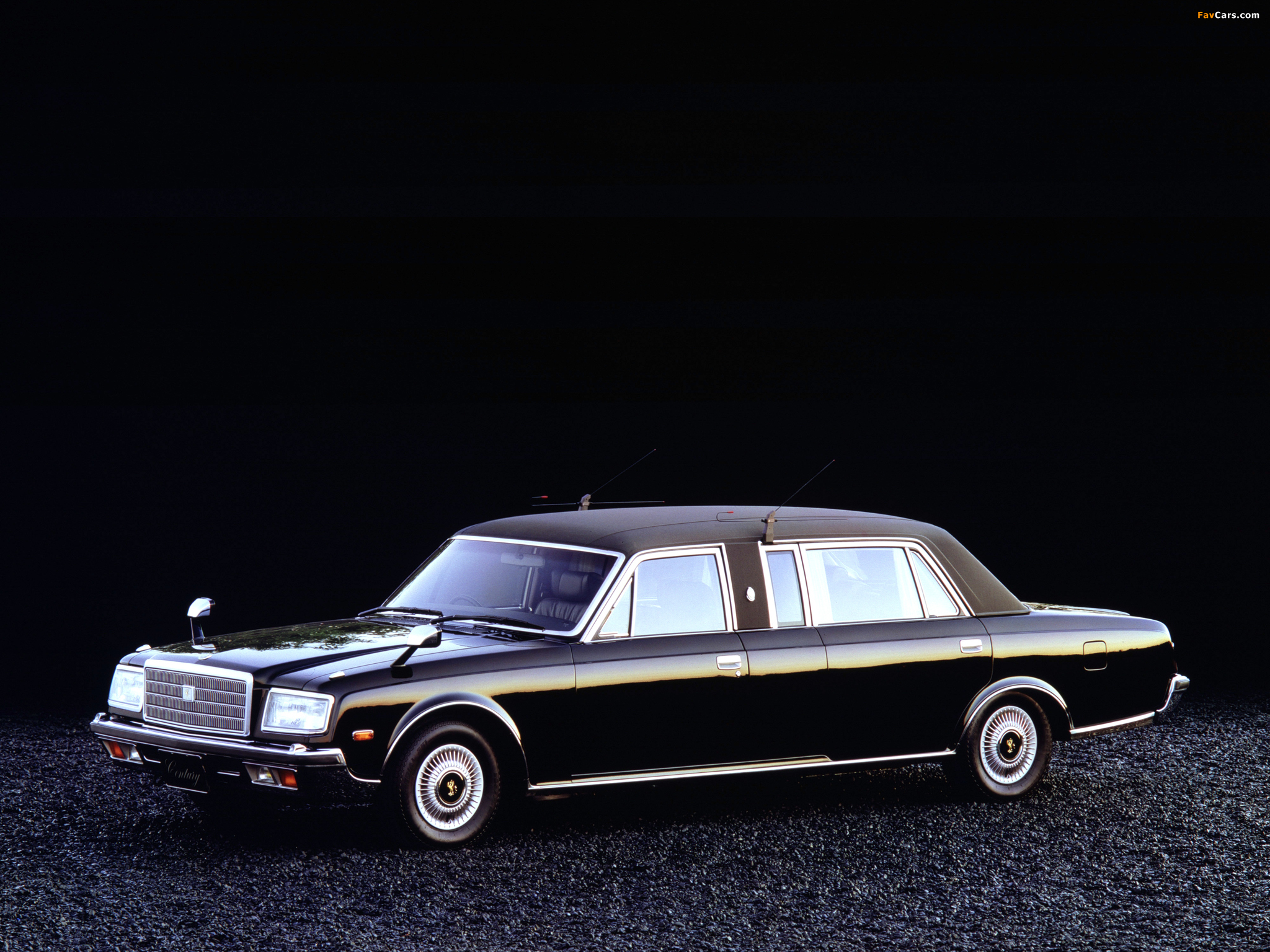 Photos of Toyota Century Limousine (VG40) 1989–97 (2048 x 1536)