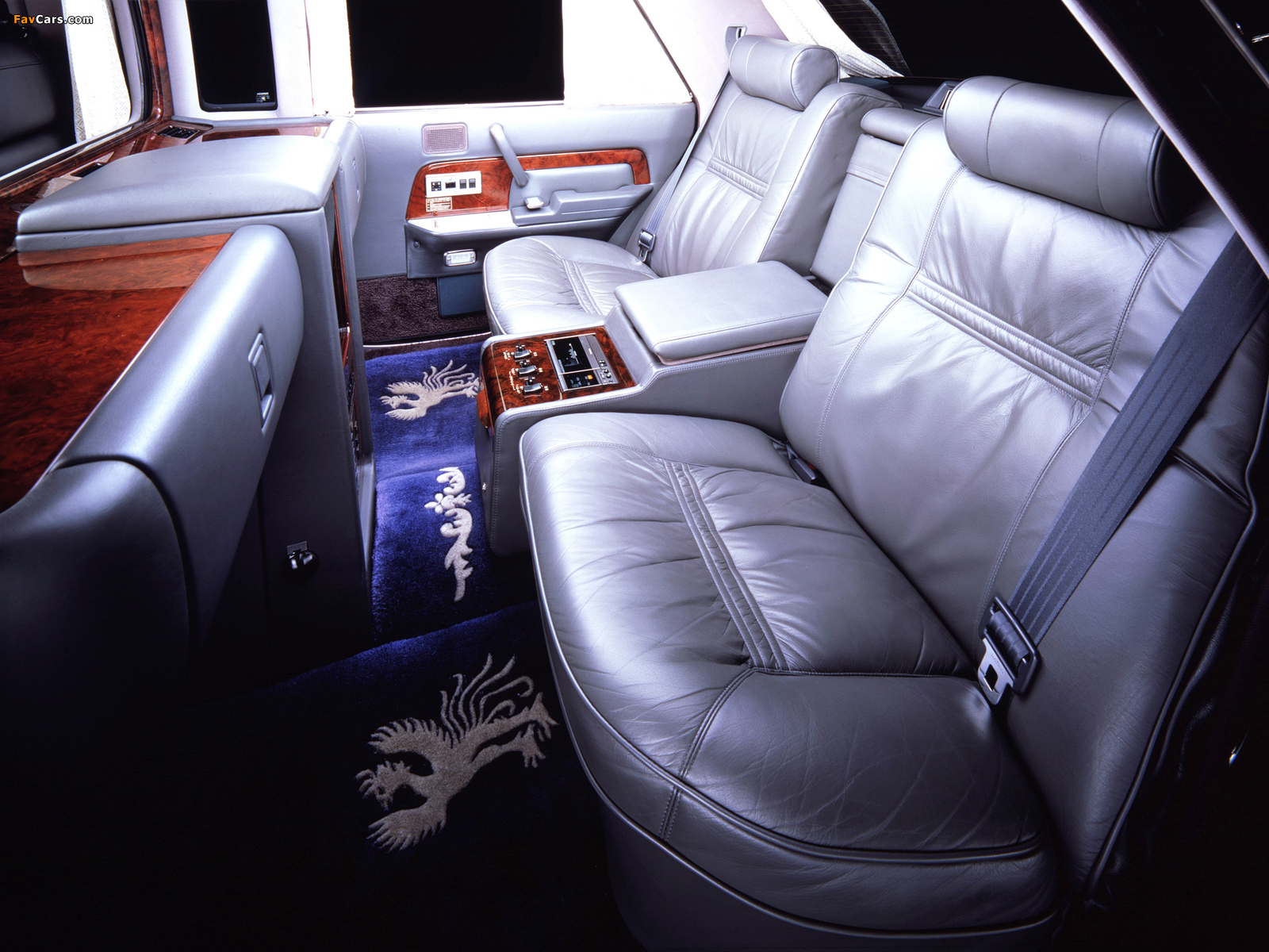 toyota century limousine vg40 1989 97 wallpapers 1600x1200. Black Bedroom Furniture Sets. Home Design Ideas
