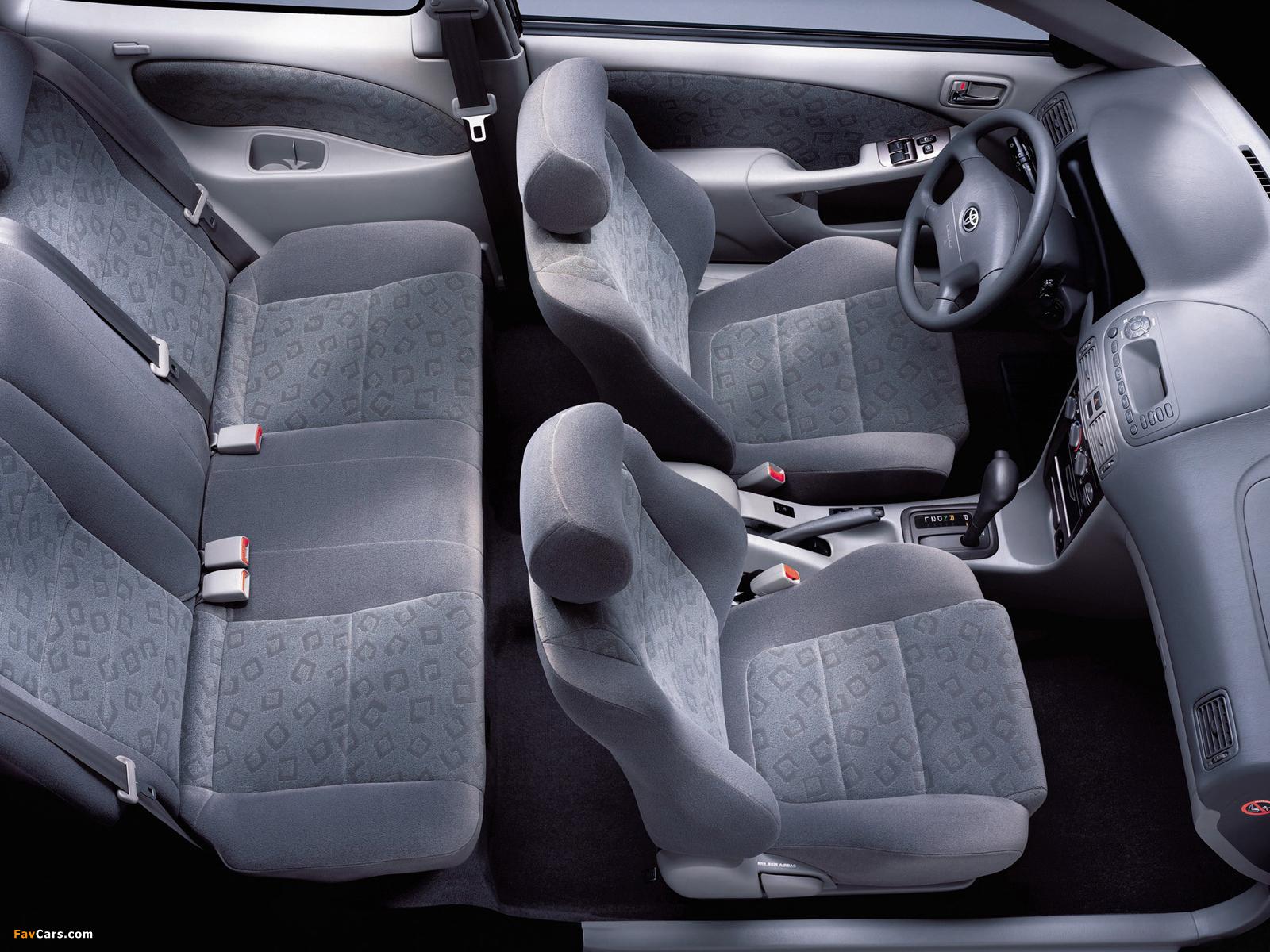 Toyota Corolla Compact 3-door (E110) 1999–2001 images (1600 x 1200)