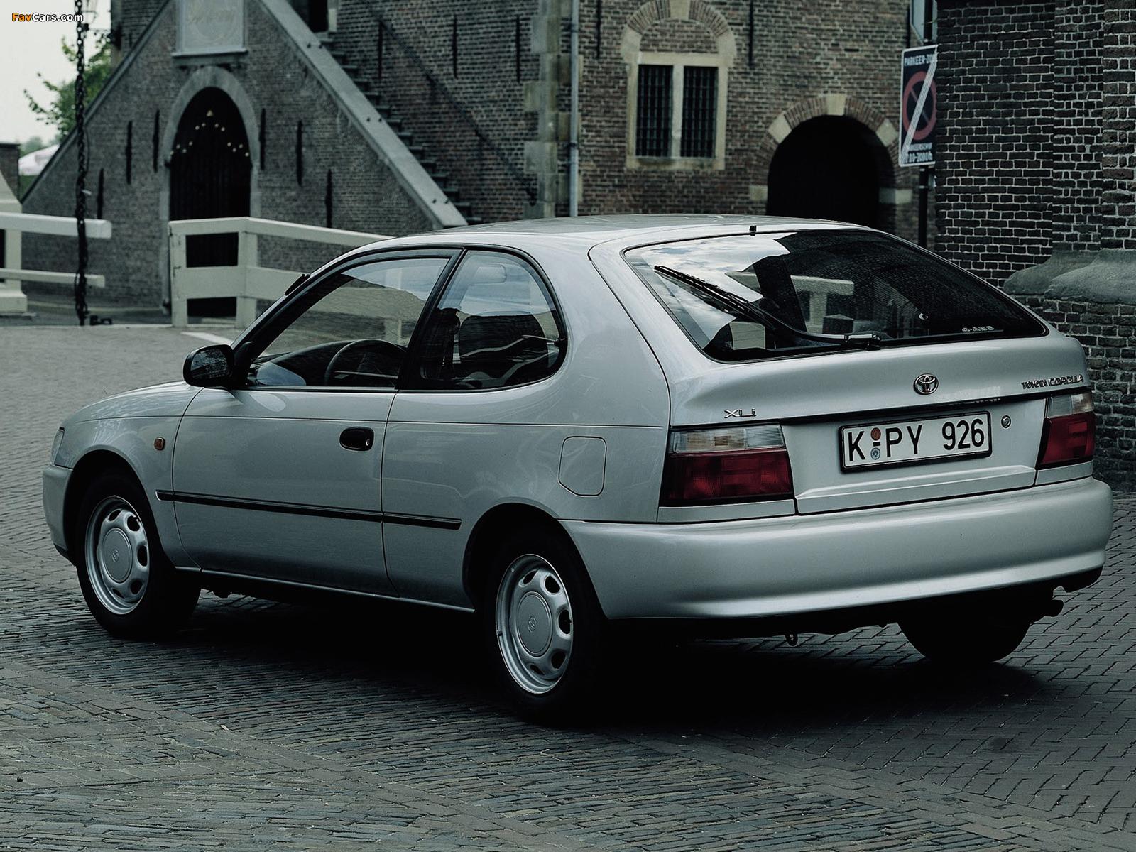 Toyota Corolla Compact 3 Door E100 1991 98 Photos