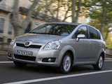 Images of Toyota Corolla Verso 2007–09