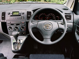 Pictures of Toyota Corolla Verso UK-spec 2001–04