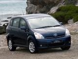 Toyota Corolla Verso ZA-spec 2004–09 pictures