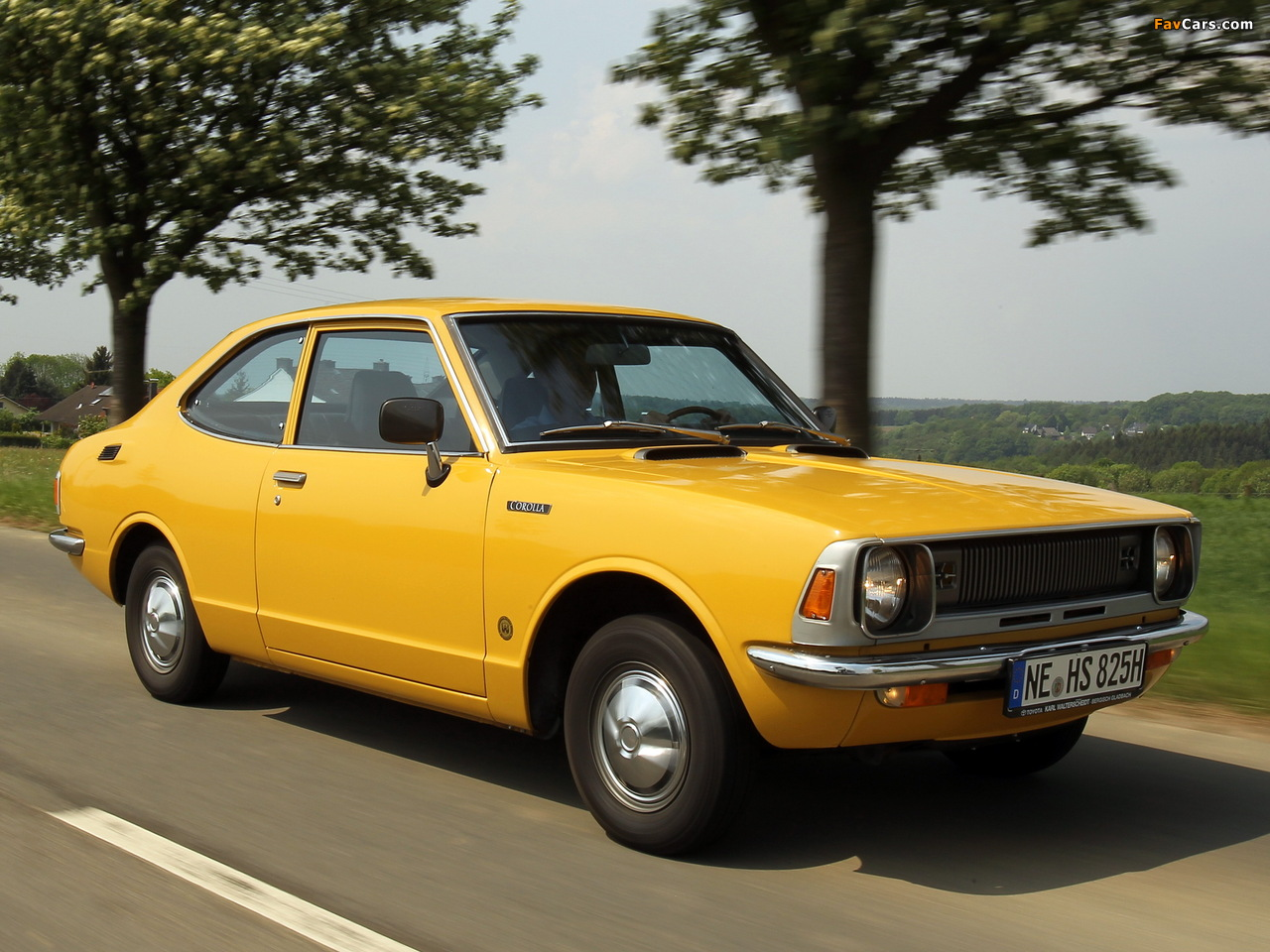 Pictures of Toyota Corolla 2-door Sedan (KE26) 1970–74 (1280 x 960)