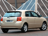 Pictures of Toyota Corolla RunX ZA-spec 2004–06