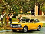 Toyota Corolla 2-door Sedan (KE26) 1970–74 images