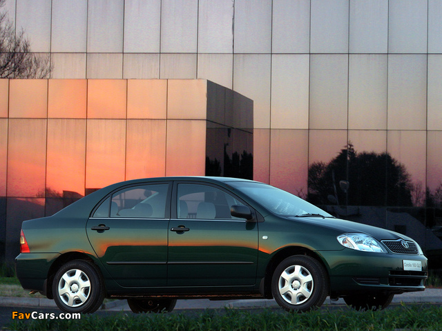 Toyota Corolla Sedan ZA-spec 2001–04 images (640 x 480)
