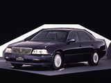 Photos of Toyota Crown Majesta (S140) 1991–95