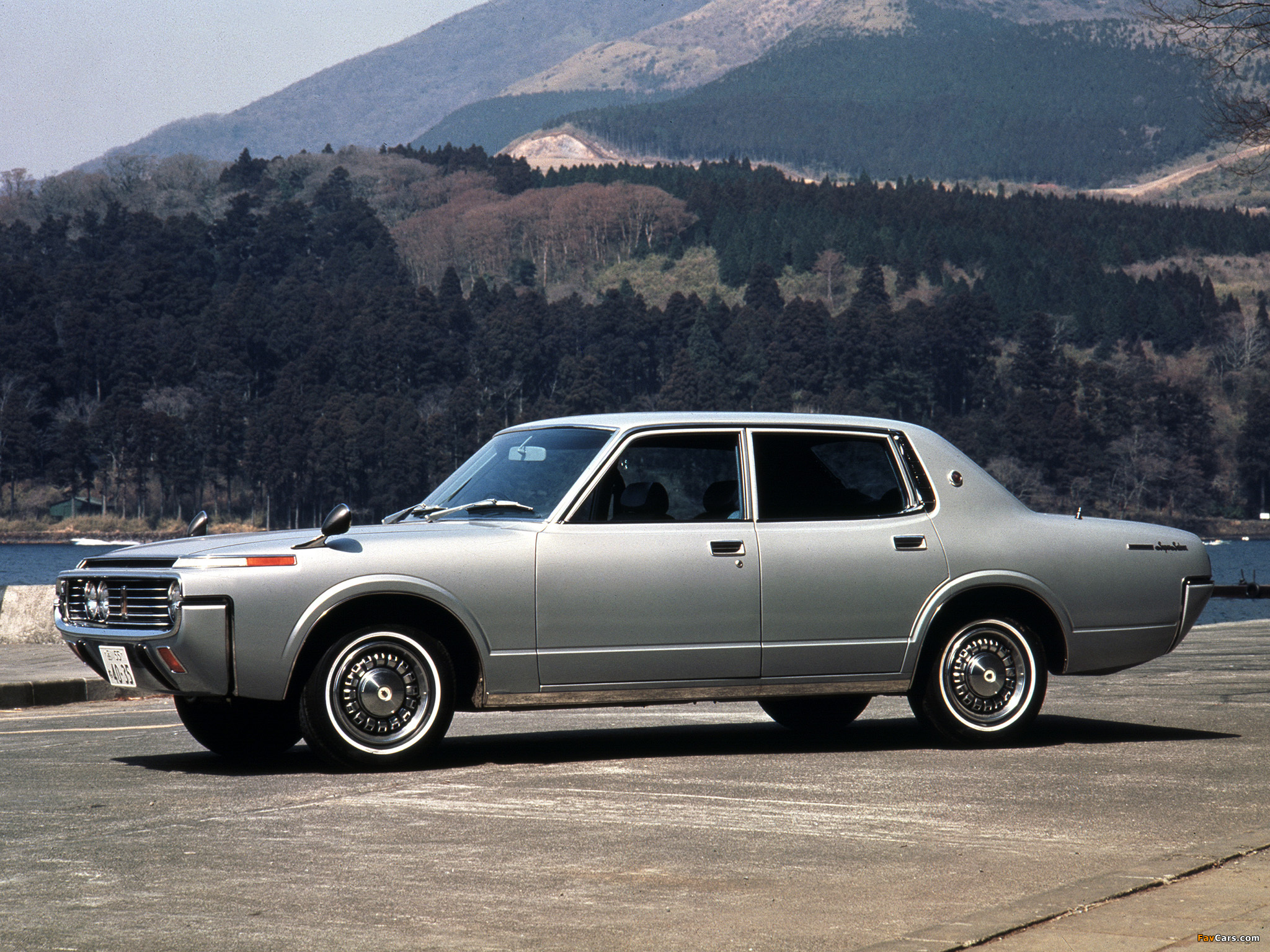 Toyota Кроун модельный ряд #6