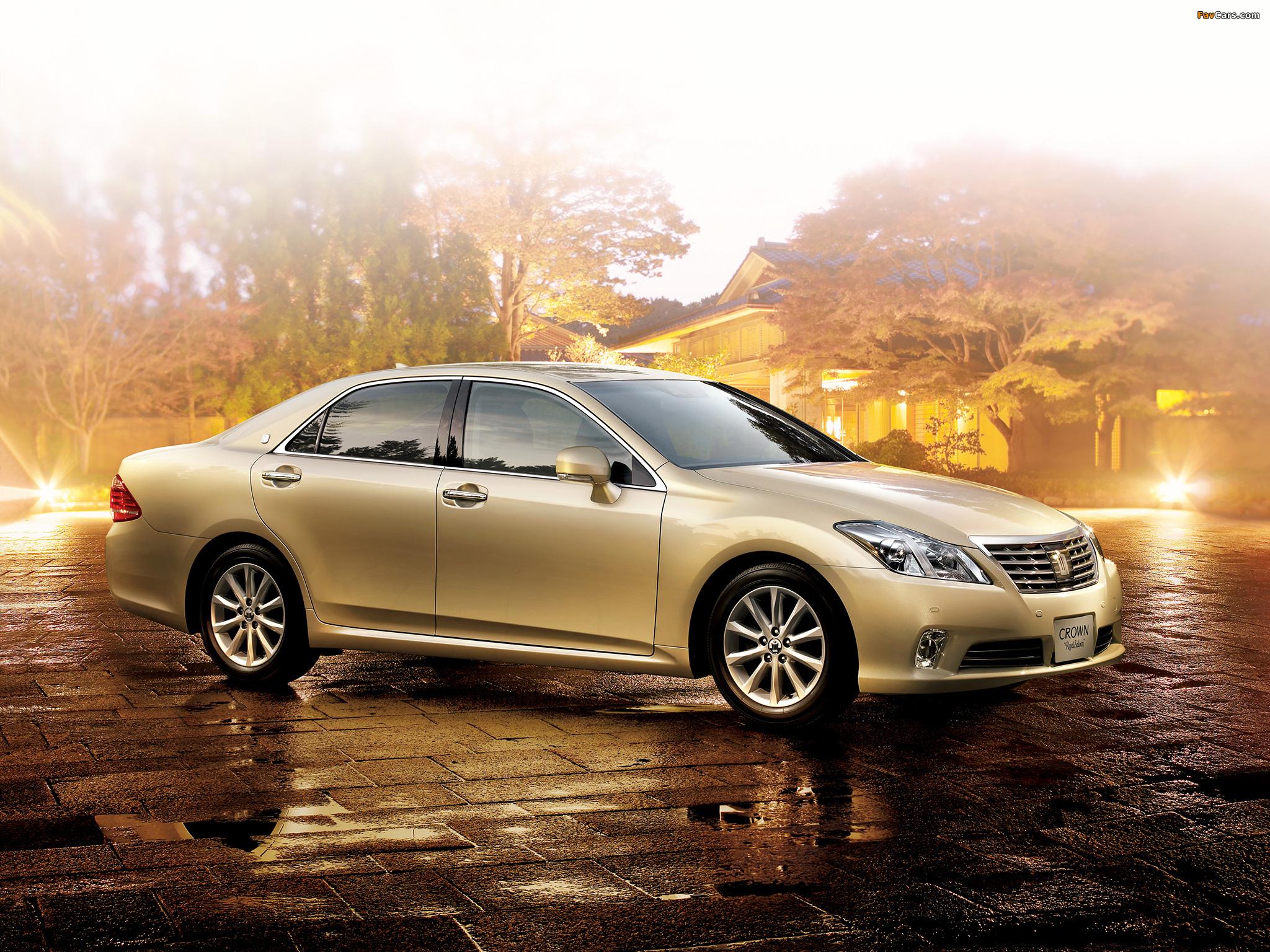 Toyota Crown royal #10