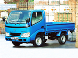 Images of Toyota Dyna 300 UK-spec 1999–2002