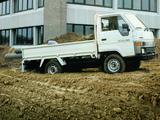 Photos of Toyota Dyna 100 EU-spec (Y60) 1984–95