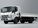 Toyota Dyna 200 2011 images