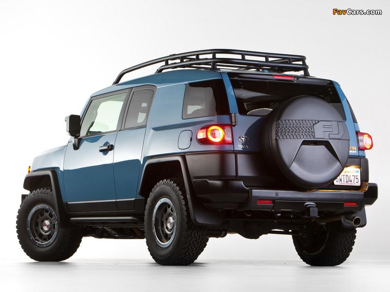 Toyota FJ Cruiser Trail Teams Ultimate (GSJ15W) 2014 wallpapers (800 x 600)