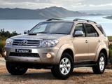 Toyota Fortuner ZA-spec 2008–11 images