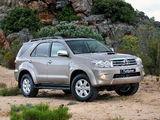Toyota Fortuner ZA-spec 2008–11 photos