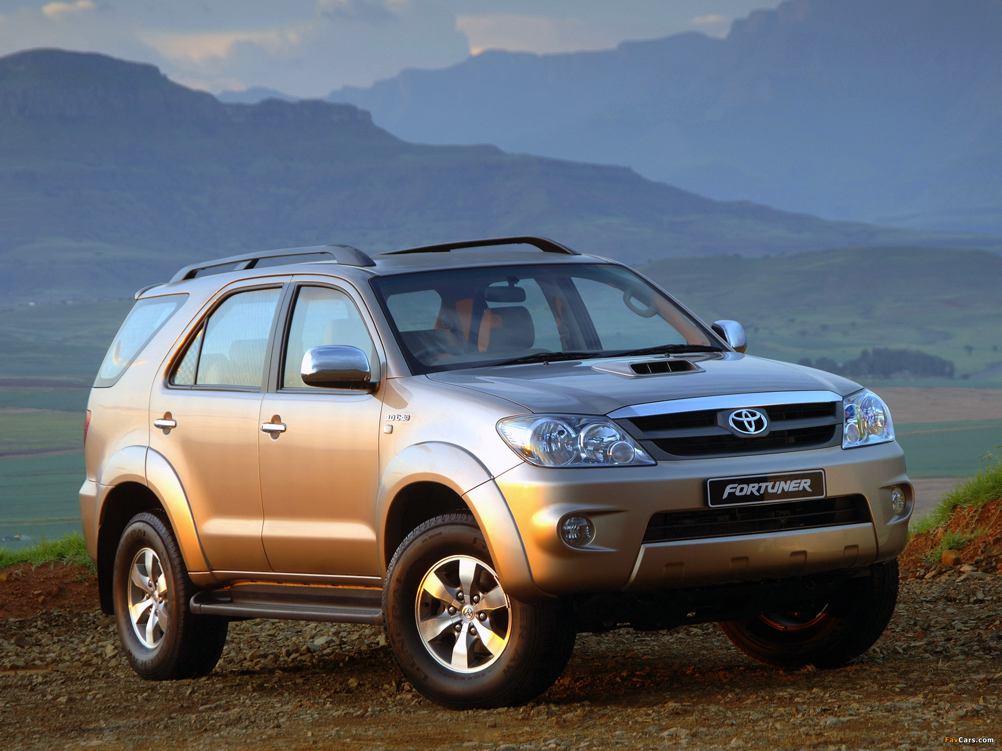 Toyota Fortuner Za Spec 2005 08 Wallpapers