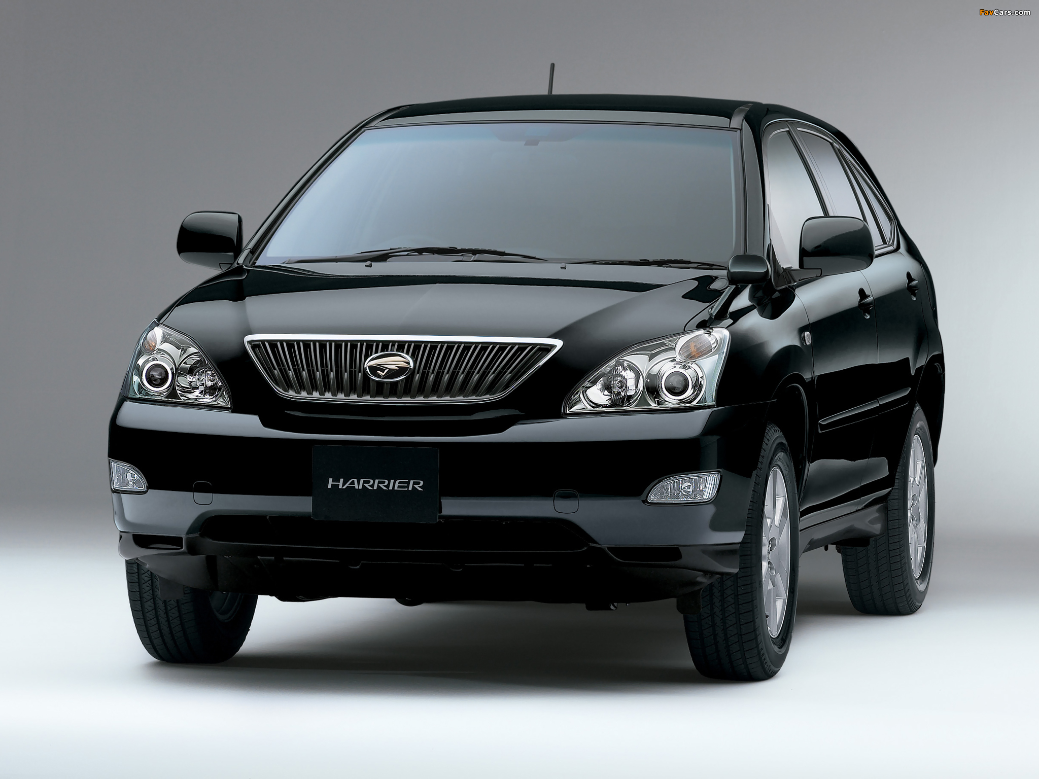 Toyota Harrier 2003 Wallpapers 2048x1536