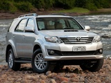 Toyota Hilux SW4 2012 photos