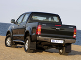 Photos of Toyota Hilux Double Cab 2005–08