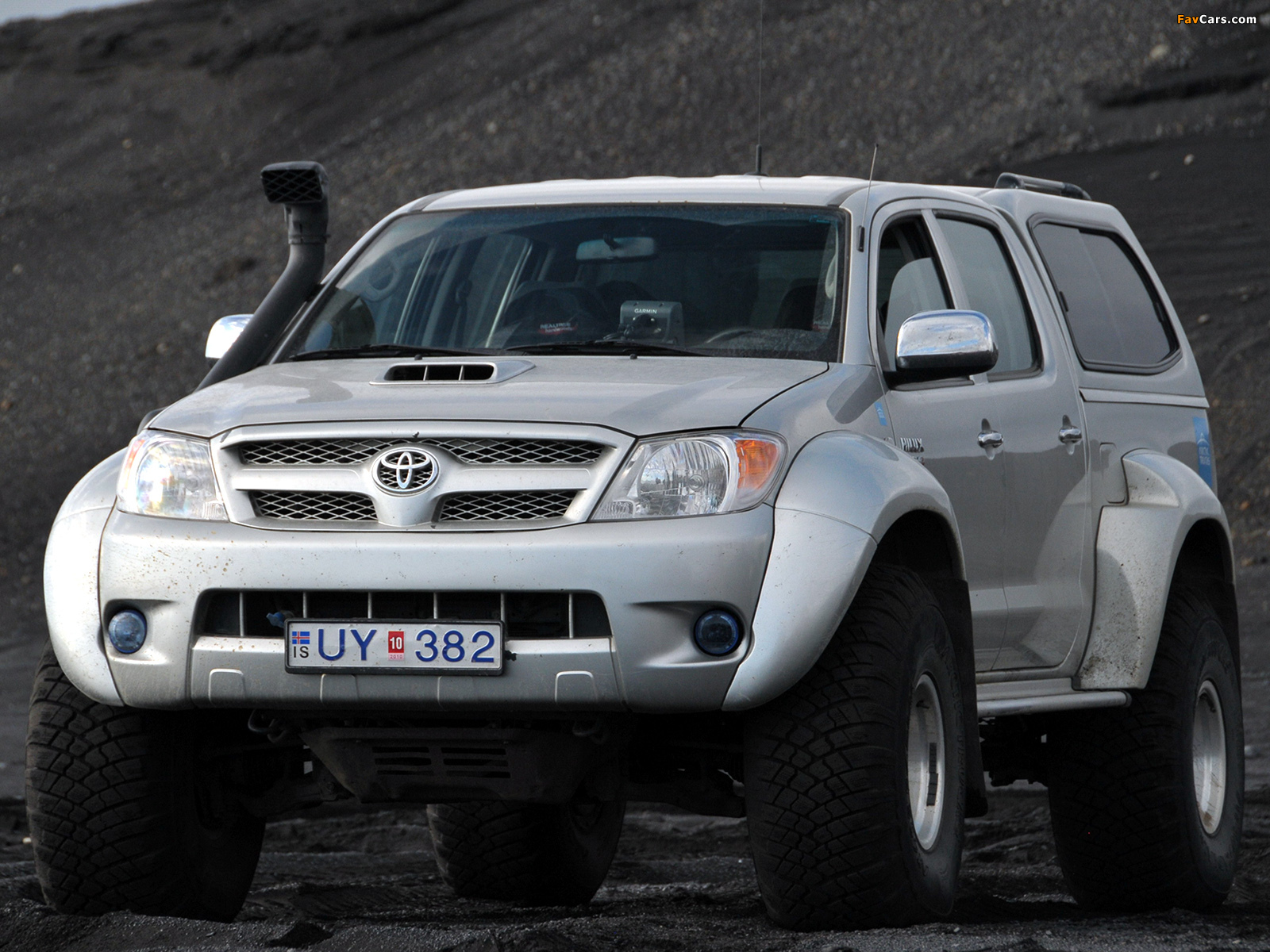photos of arctic trucks toyota hilux double cab at35 2007. Black Bedroom Furniture Sets. Home Design Ideas