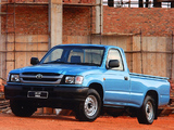 Toyota Hilux 2000 Single Cab ZA-spec 2001–05 pictures