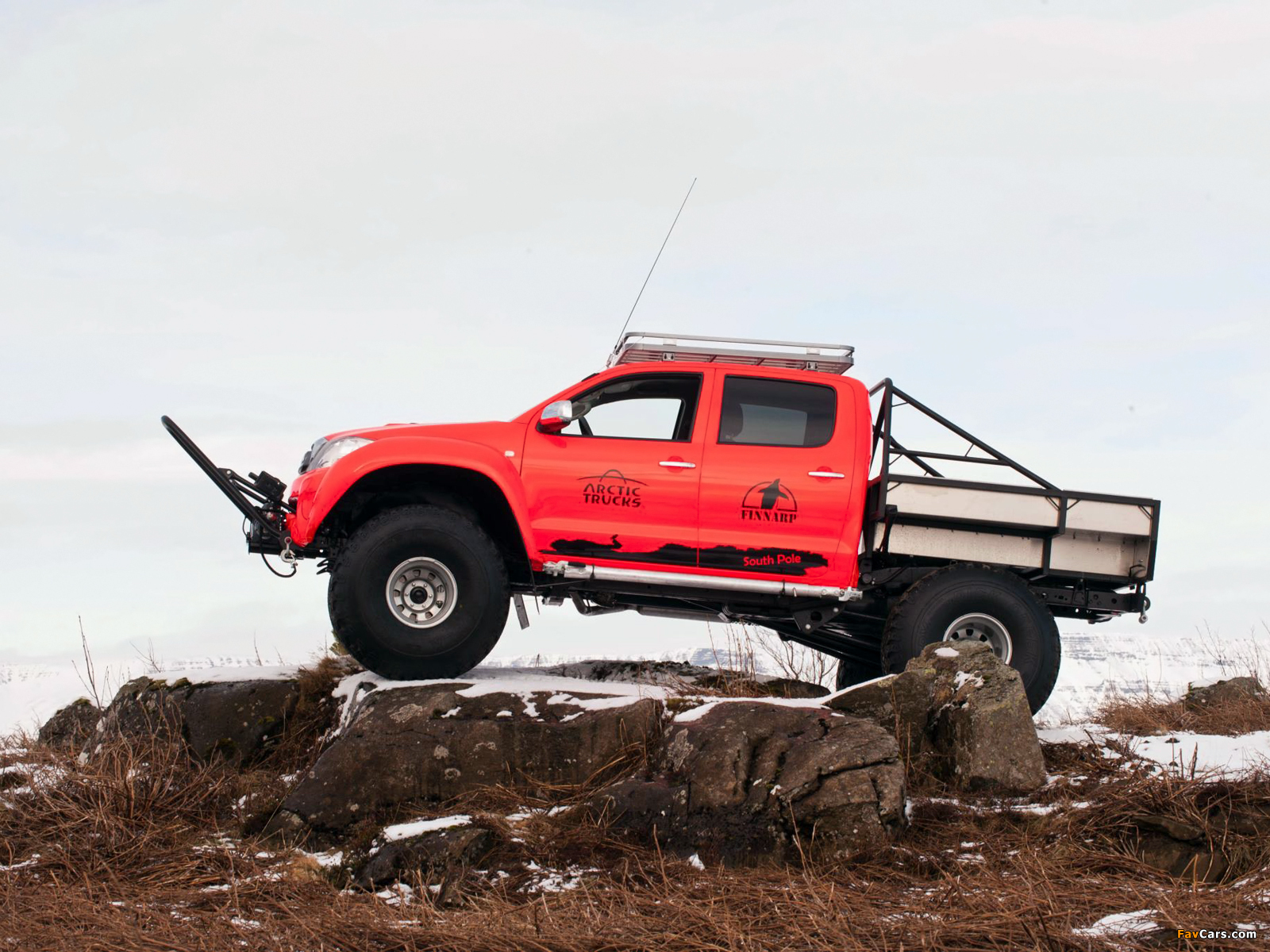 Arctic Trucks Toyota Hilux At44 South Pole Expedition 2011