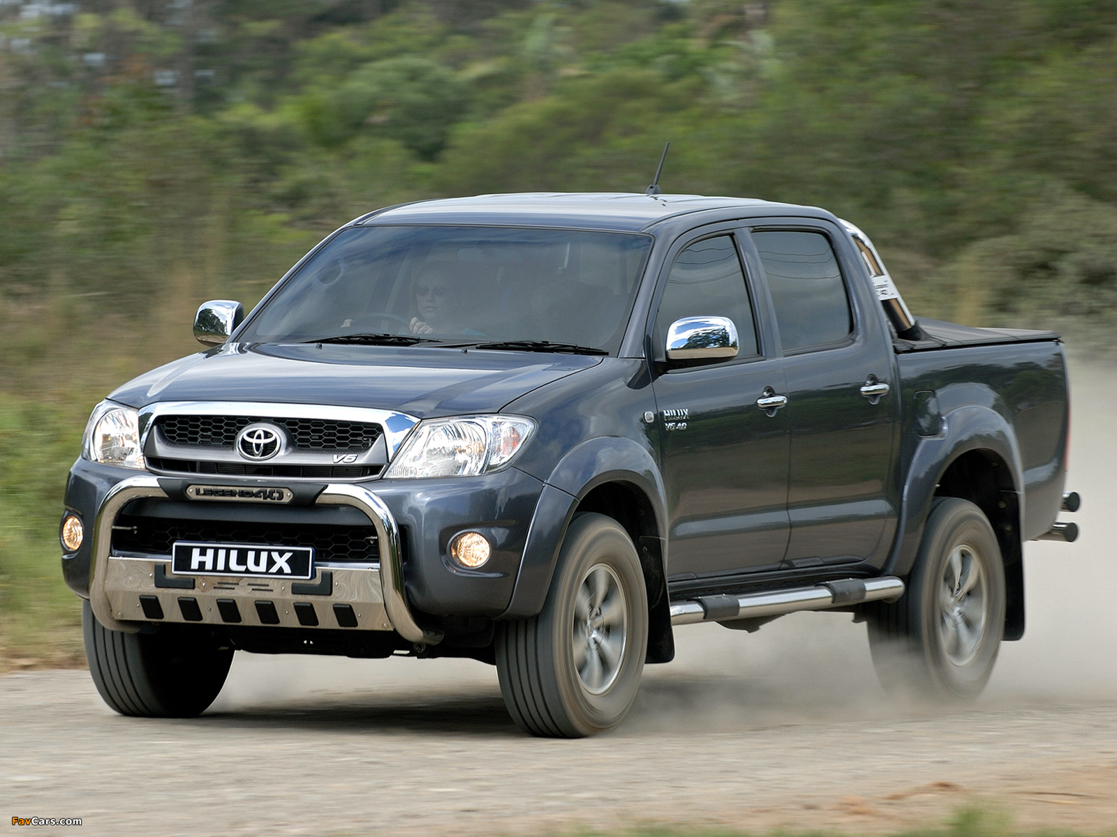 Toyota Hilux Legend 40 Double Cab 2010 Wallpapers 1600x1200