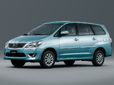 Images of Toyota Innova 2011